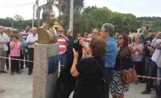 Monumento em homenagem a Narciso Silva é inaugurado
