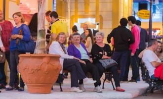 Fenadoce 2015 já recebeu 180 mil visitantes