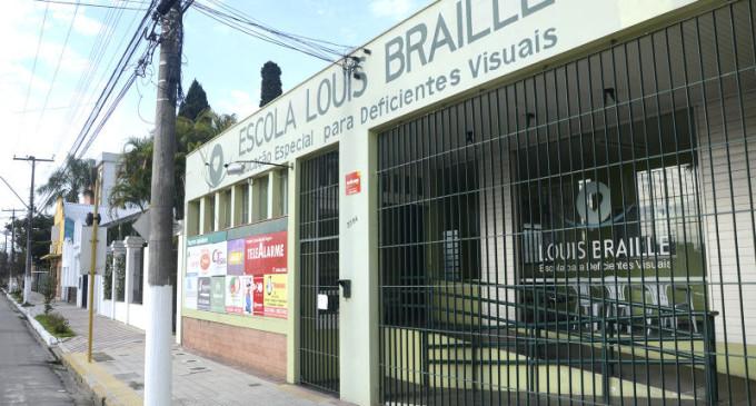 Resultado de imagem para escola louis braille pelotas