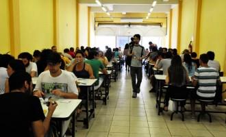 UFPEL :  Estudantes precisam do número de matrícula para comer nos RUs