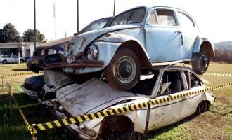 Leilão do Detran oferece mais de  500 veículos e sucatas em Porto Alegre