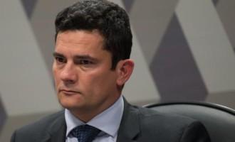 CRISE INSTITUCIONAL : Sergio Moro confirma saída e acusa presidente de interferência política