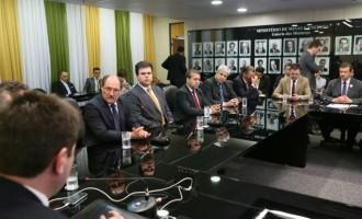ESTALEIRO RIO GRANDE : Catarina busca alternativas