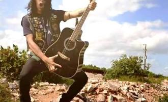 """MÚSICA :  """"Elvis toca"""" apresenta rock e MPB"""