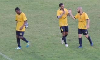 11 A 0 : Chuva de gols no jogo-treino do Pelotas