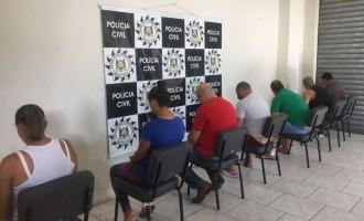 Polícia combate o tráfico de drogas e lavagem de dinheiro