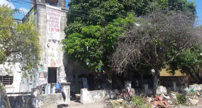 Prédio abandonado na zona do Porto é ocupado