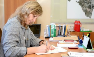 SALÁRIOS  : Paula estuda proposta de reajuste