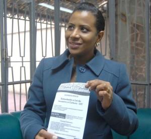 VEREADORA socialista quer auxiliar interessados na captação de recursos a projetos diversos