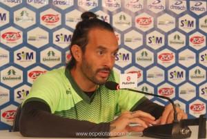 Rafael volta ao time do Pelotas na decisão em Lajeado e diz que a responsabilidade é de todos