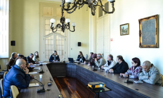 MAGISTÉRIO : Prefeitura apresenta o Plano de Carreira