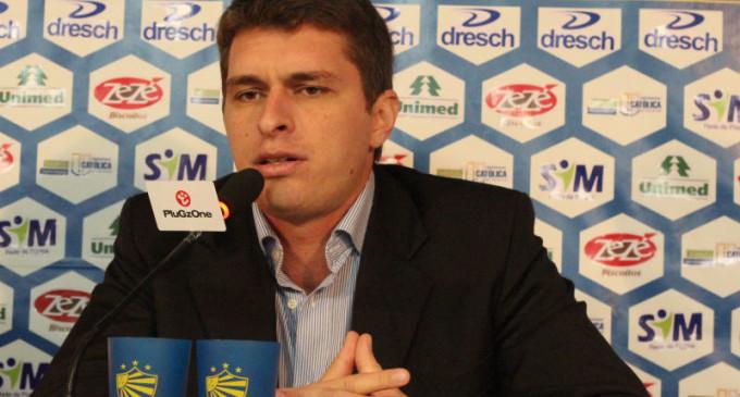 Grêmio leva Thiago Gomes
