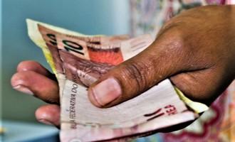 DÍVIDAS : De cada 100 inadimplentes, 37 devem até R$ 500