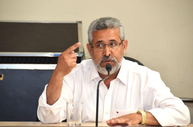 José Sizenando (DEM) recupera cadeira no Legislativo