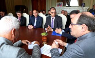 Presidente da Azonasul cobra do estado repasses da saúde