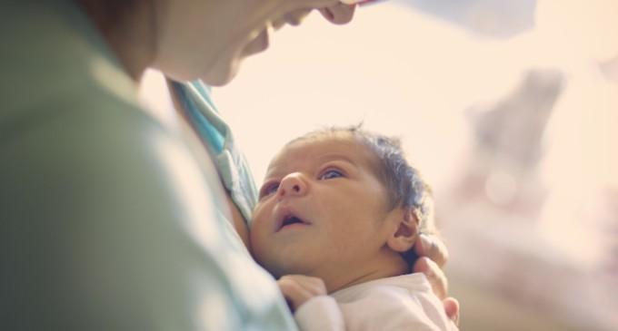 Visita ao recém-nascido precisa ser feita com cautela e bom senso