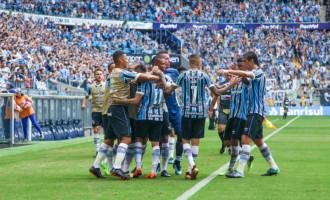 GRE-NAL : Grêmio massacra o Inter na Arena