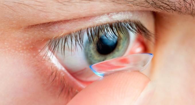 Anvisa proíbe lente de contato colorida   Diário da Manhã 43840cd2b5