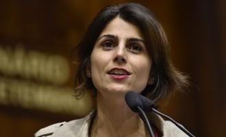 Grupo de Estudos da UCPel recebe Manuela D'Ávila