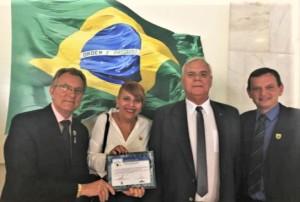 SOLENIDADE ocorreu ontem e apenas cinco municípios receberam o Selo Nacional