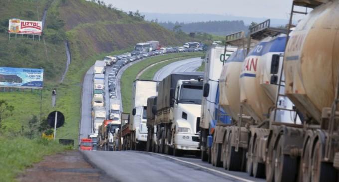 Bloqueios nas estradas causam prejuízo de R$ 6,6 bi para produtores