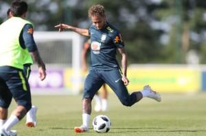 Neymar irá começar o amistoso diante da Áustria, em Viena Foto: Lucas Figueiredo/CBF