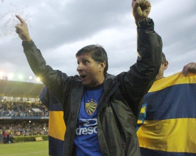 PAULO Porto comemora o acesso: histórico vencedor na Boca do Lobo  - Foto: Tales Leal/AI ECP