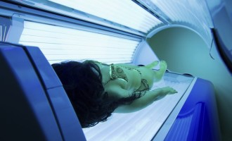 Médicos alertam para graves riscos do bronzeamento artificial