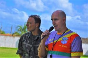 Presidente Marcus Napoleão ao lado do técnico Antônio Freitas: confiança no acesso do Farroupilha Foto: Gabriel Xavier/Divulgação