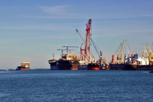 Operação receberá ordem de início nesta quinta-feira (25) e permitirá a passagem de navios de grande porte pelo canal de navegação