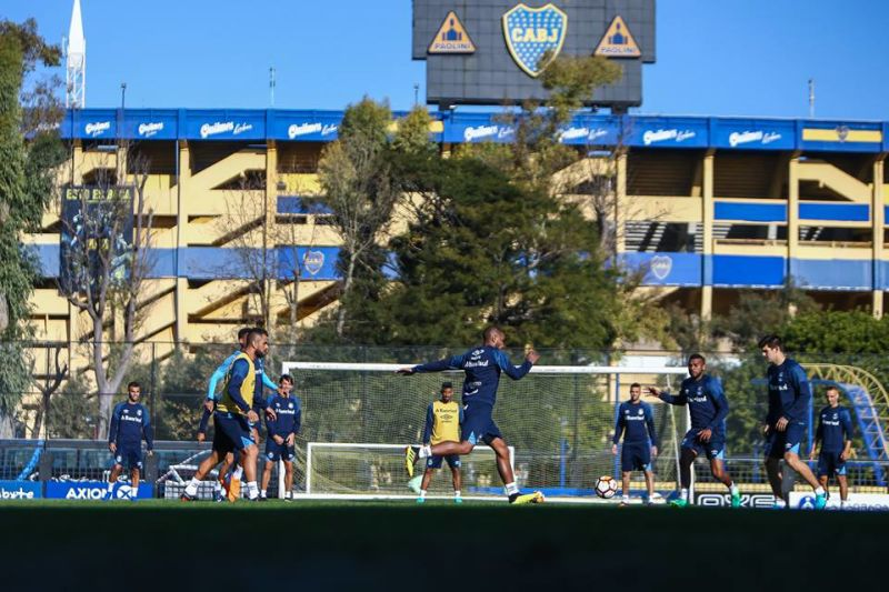 Grêmio realiza treinamento no CT do Boca em Buenos Aires