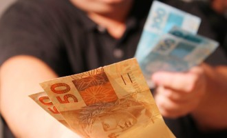 Crédito consignado com uso do FGTS começa a operar em todo o país