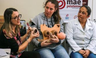 Escola de Mães e Avós reforça importância da amamentação