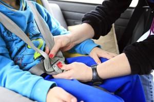 Muitos pais e responsáveis não usam, por exemplo, os equipamentos obrigatórios, como a cadeirinha.