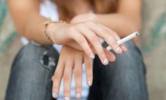 Uso do cigarro cresce entre jovens