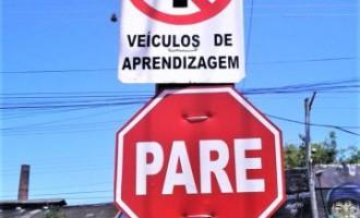 Carros de autoescolas não podem circular na Conde de Porto Alegre