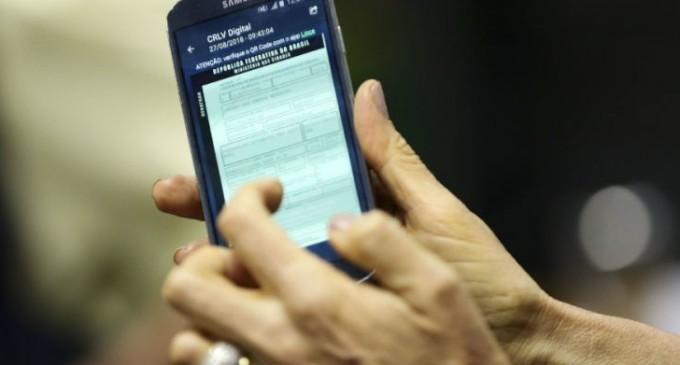 Esqueceu o documento do carro?  Agora você poder ter ele no seu celular. Saiba como.