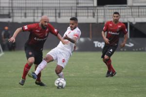 Eder Sciola abriu a chuva de gols na Baixada