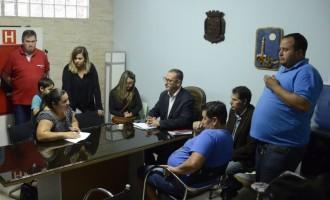Feirantes pedem ajuda da câmara para derrubar decreto da Prefeitura