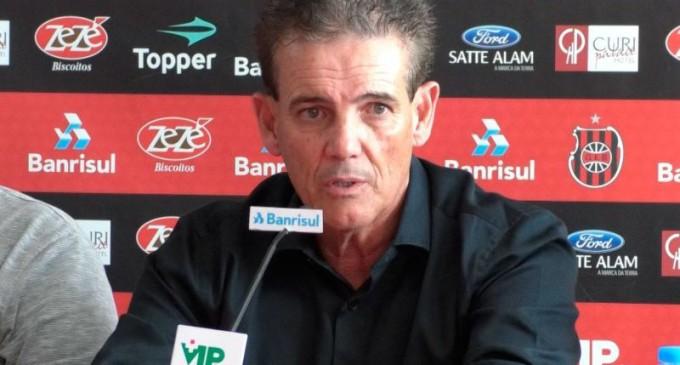 NOVA DERROTA : Cai o técnico Paulo Roberto Santos