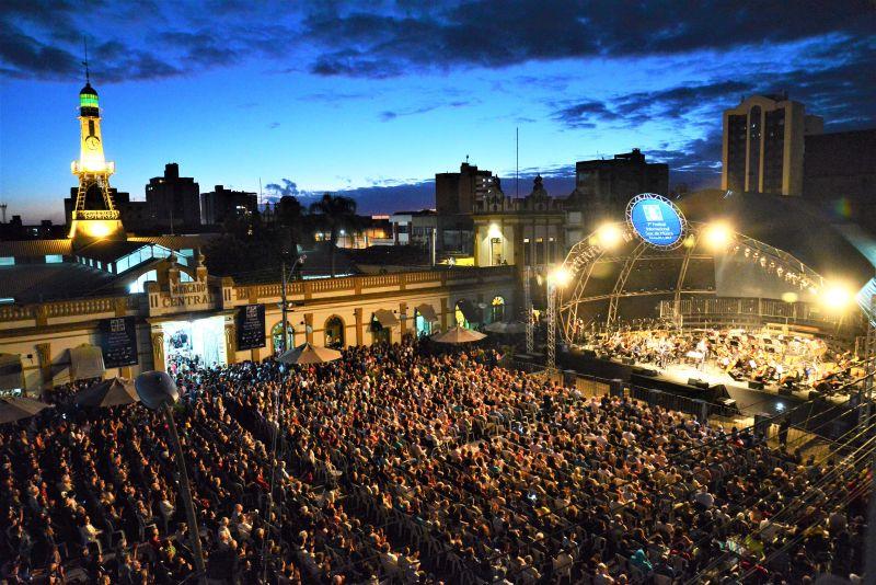 EVENTO reúne 60 espetáculos gratuitos entre os dias 14 e 25 de janeiro, em Pelotas