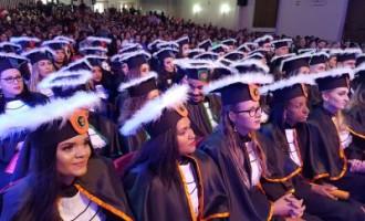 INÉDITA : UFPEL realiza  primeira formatura institucional