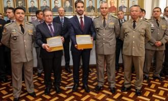 SEGURANÇA PÚBLICA : Governador empossa  comandantes da BM