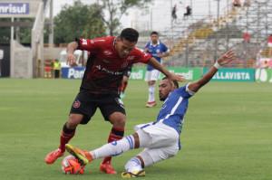 """COM FUTEBOL fraco, time foi """"surrado"""" pelo adversário e ficou sem técnico FOTO: Carlos Insaurriaga/AI GEB – Especial DM"""
