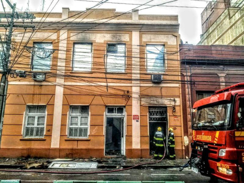 PROPOSTA é para executar contenção estrutural do imóvel localizado no centro da cidade