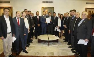ESTATAIS : Protocolado projeto que prevê  retirada de plebiscito