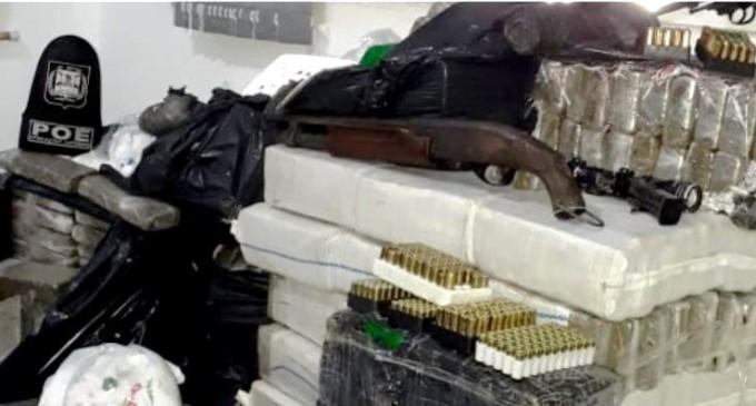 BM apreende mais de 500 quilos de drogas e arsenal em Rio Grande