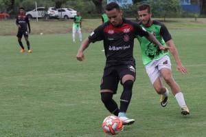 """ATACANTE Fernandinho espera chance para """"ajudar"""" o time no difícil momento FOTO:  Carlos Insaurriaga/AI GEb Especial DM"""