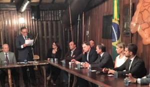 PREFEITA Paula representou os gestores da Zona Sul no ato que convidou Eduardo Leite para liderar o movimento