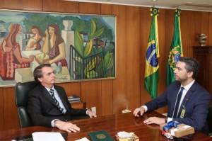 PARLAMENTAR disse ao Presidente que a conclusão da obra é prioridade para o Sul do Rio Grande